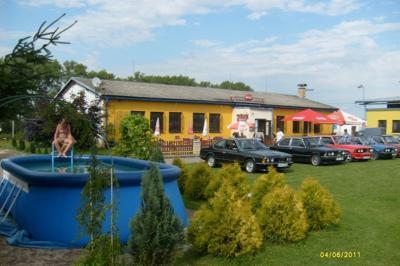 autokemp-ubytovna SK Mšeno - ubytování Střední Čechy - ubytování v kempu v Středních Čechách - fotografie č. 2
