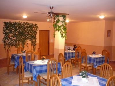 Hotel Koral*** - ubytování Střední Čechy - ubytování v hotelu v Středních Čechách - fotografie č. 2
