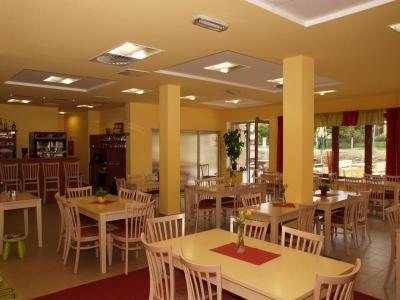 Hotel Petra - ubytování Jizerské hory - ubytování v hotelu v Jizerských horách - fotografie č. 2