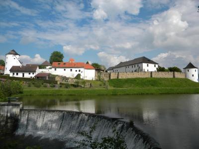 hradební věž + domek Na Hradbách - ubytování Jižní Čechy - chalupa k pronajmutí v Jižní Čechách - fotografie č. 3