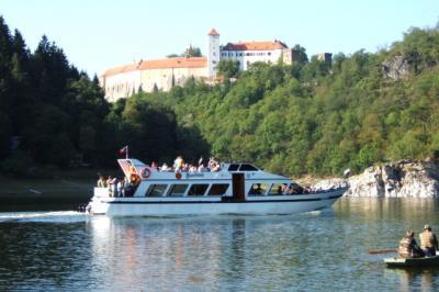 Vranovská přehrada - chata Veselka - ubytování Jižní Morava - ubytování v apartmánu na Jižní Moravě - fotografie č. 3