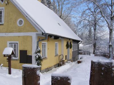 Turistická chalupa Smržovka - ubytování Jizerské hory - chalupa k pronajmutí v Jizerských horách - fotografie č. 1