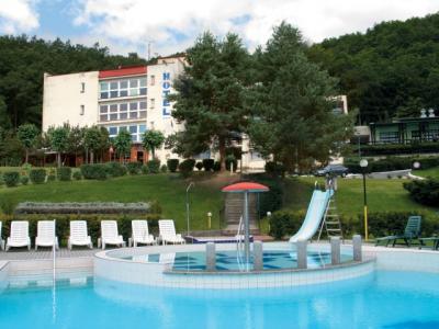 Hotel Solenice - ubytování Střední Čechy - ubytování v hotelu v Středních Čechách - fotografie č. 1