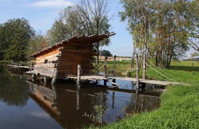 Ubytování na vodní hladině - ubytování Jižní Čechy - chata k pronajmutí  v Jižní Čechách - fotografie č. 1