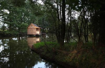 Ubytování na vodní hladině - ubytování Jižní Čechy - chata k pronajmutí  v Jižní Čechách - fotografie č. 4