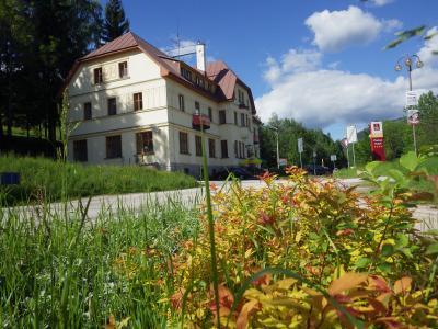 Chata Labská - Špindlerův Mlýn - ubytování Krkonoše - chata k pronajmutí  v Krkonoších - fotografie č. 1