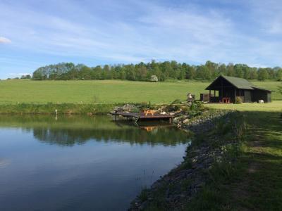 Chata s rybolovem - ubytování Jižní Čechy - chata k pronajmutí  v Jižní Čechách - fotografie č. 1